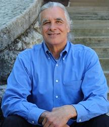Headshot: Dr. Dave Julian